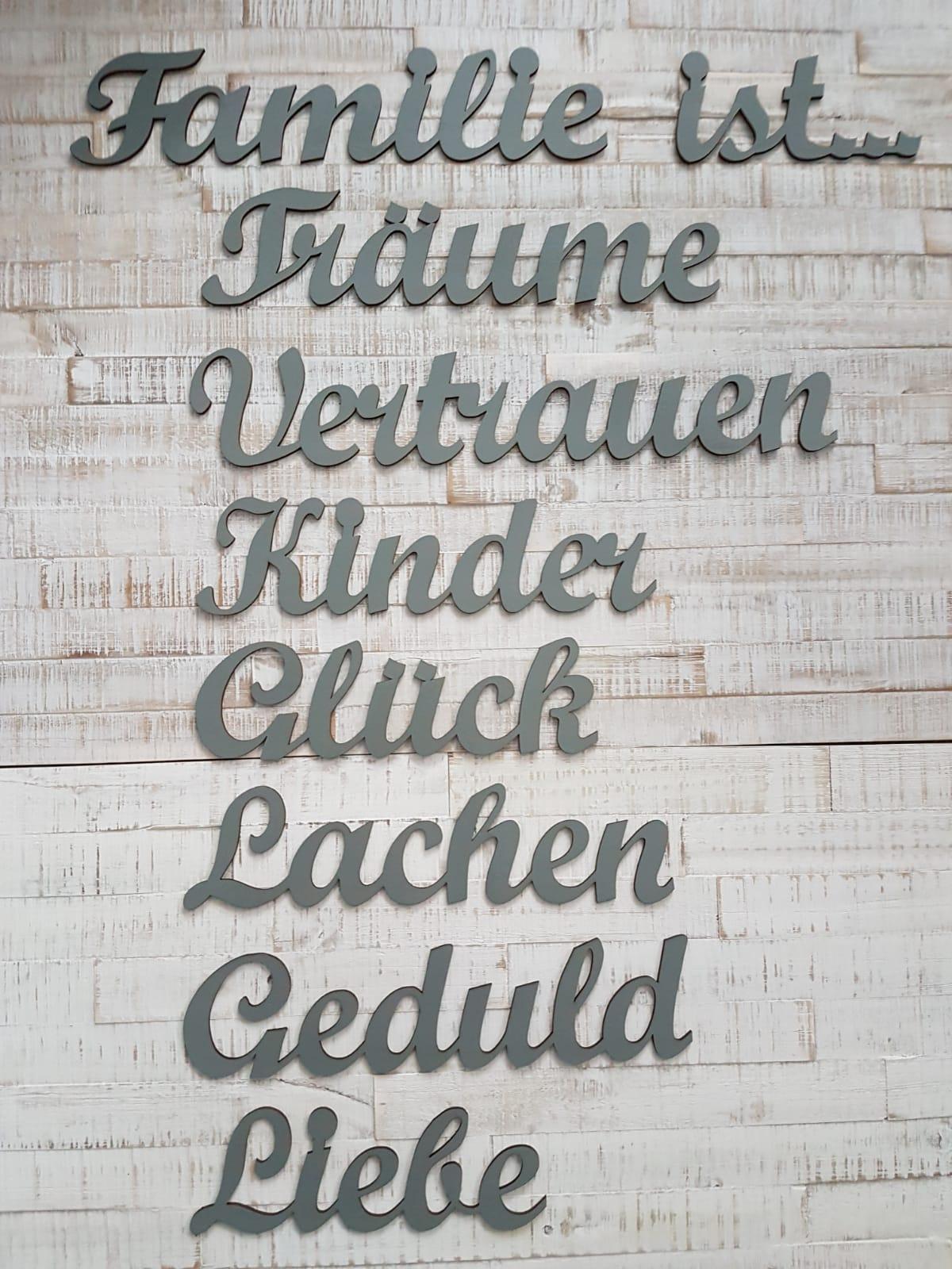"""wanddekoration schriftzüge / wandpuzzle aus holz """"familie ist"""